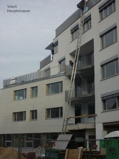 Geländer Hauptstrasse verzinkt und Pulver-beschichtung