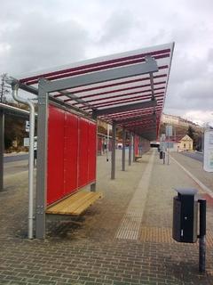 Busbahnhof in M.Krumlov 2 Pulver-beschichtung Zink-grudiert und RAL
