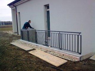 Geländer feuerverzinkt und Lack
