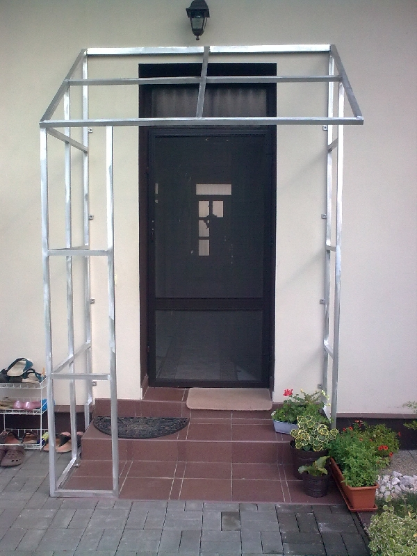 aluminium konstruktion f r vordach kovov roba prustom rsk. Black Bedroom Furniture Sets. Home Design Ideas