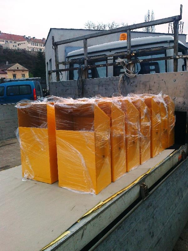Abfallbehälter, pulverbeschichtet