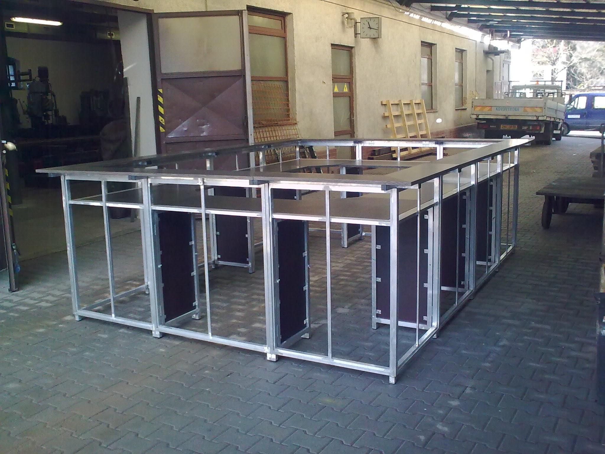 Barový stolek rozkládací hliníkový