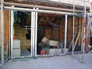 Konstrukce vrat a dveří pozinkovaná