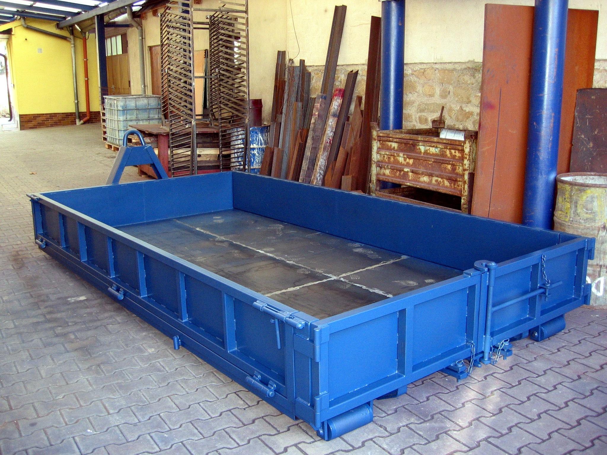 Niedrige Container