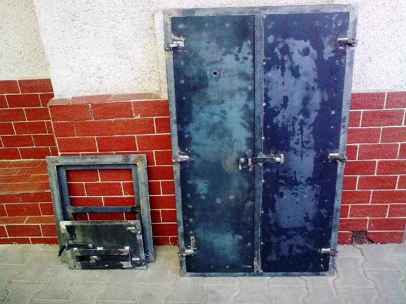 Tür für Räucherkammer