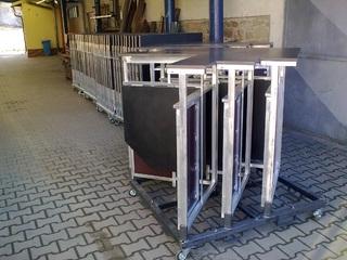 Bar-Tisch ausziehbar aus Aluminium