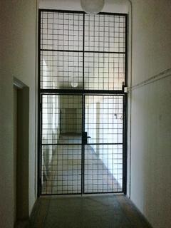 Das Gitter, pulverbeschichtet