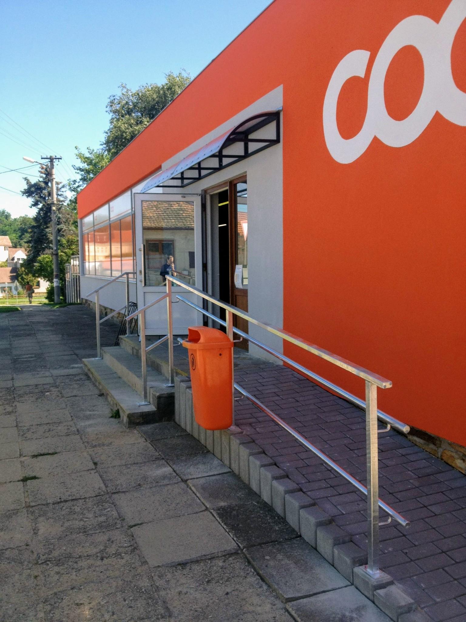 Verzinkte Geländer und Dach aus Aluminium