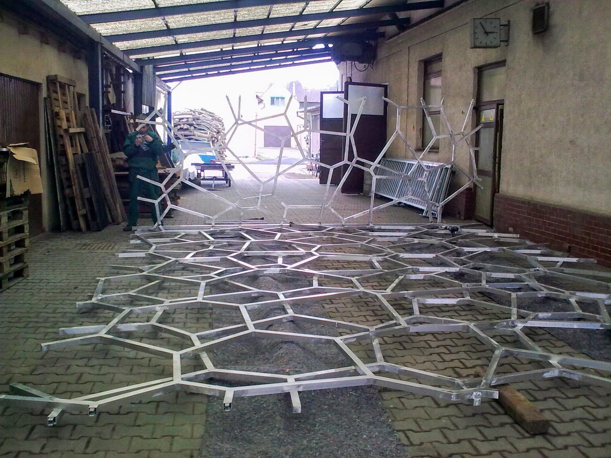 Hliníkové mříže na Maledivy