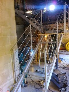 Konstrukce schodů a zábradlí