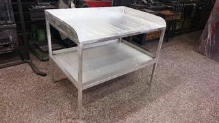 Stůl hliníkový