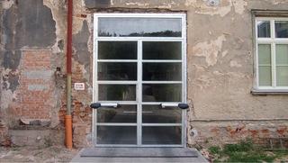 Vrata pro sklo, praporkový jekl, zinek