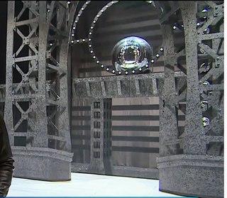Hliníková konstrukce pro kulisy, Horečka sobotní noci