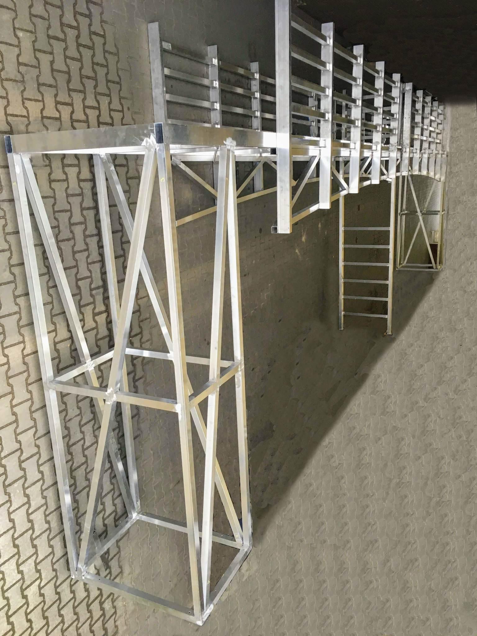 Hliníková konstrukce mostu pro muzikál Poslední loď