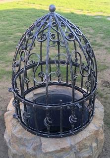 Kovaná studna, žárový zinek, černá mat a patina