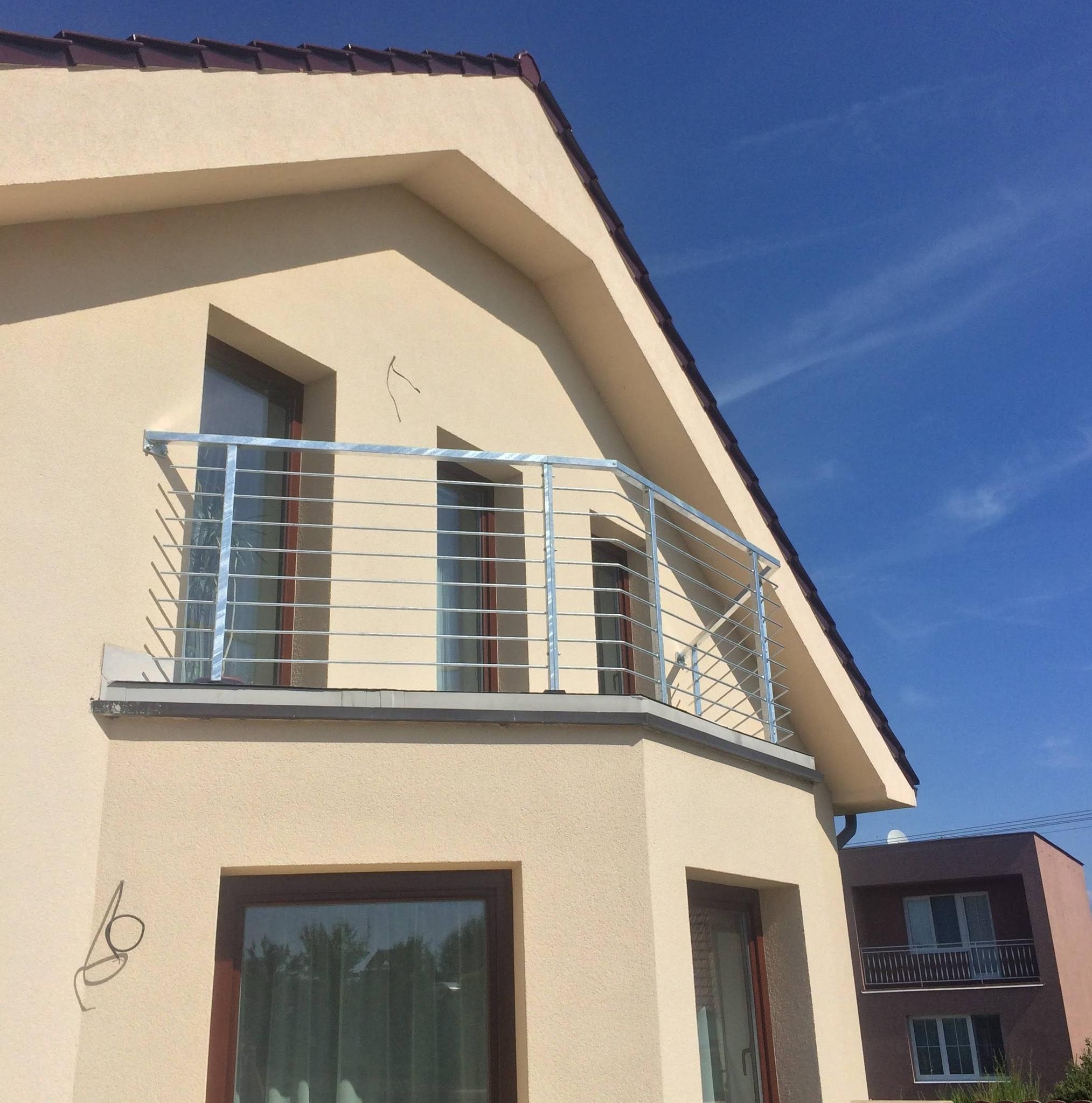 Zábradlí balkonové, žárový zinek