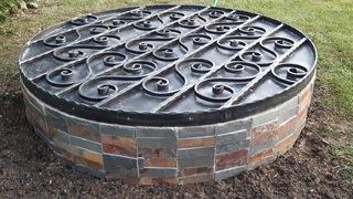 Kryt na zkruž kovaný, černá mat a patina