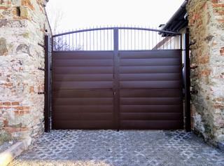Brána pozinkovaná a barva